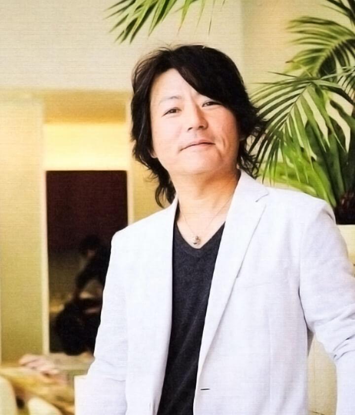 有限会社デレディール 代表取締役 小山一彦 ル・トーア東亜美容専門学校卒業